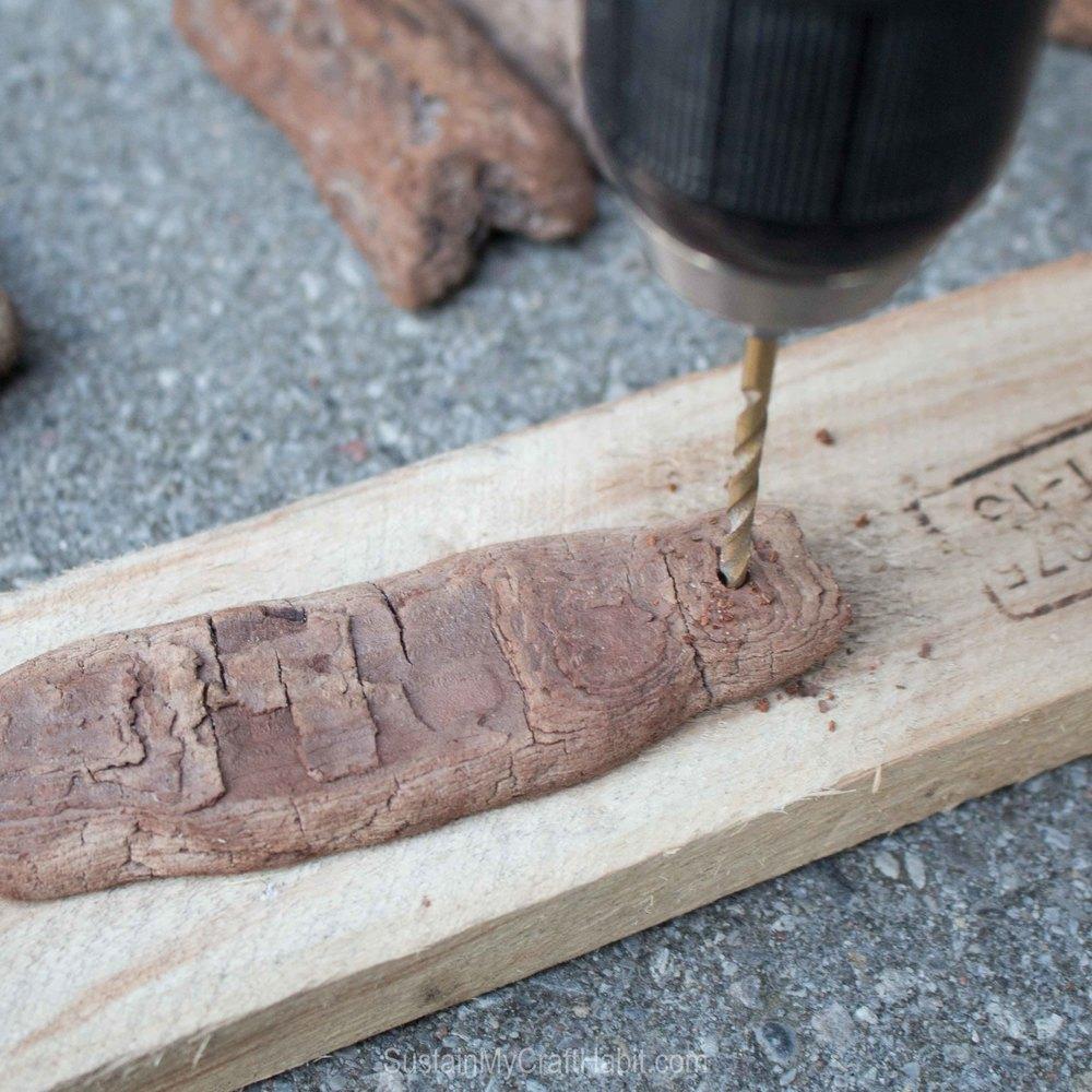 DIY driftwood tree bark gift tag - SustainMyCraftHabit-2327.jpg