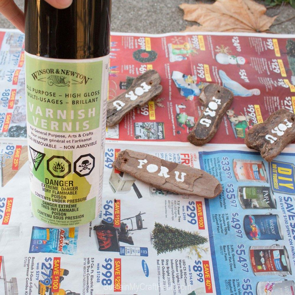 DIY driftwood tree bark gift tag - SustainMyCraftHabit-2372.jpg
