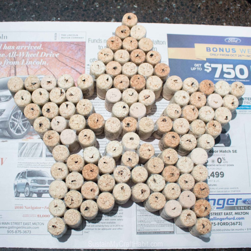 Upcycle wine bottle corks into holiday stars and trees - SustainMyCraftHabit -2198.jpg