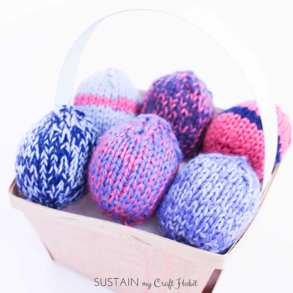 Uncrackable Knitted Easter Eggs. Free pattern for knit eggs. Group them together for a creative home decor or centerpiece idea - SustainMyCraftHabit