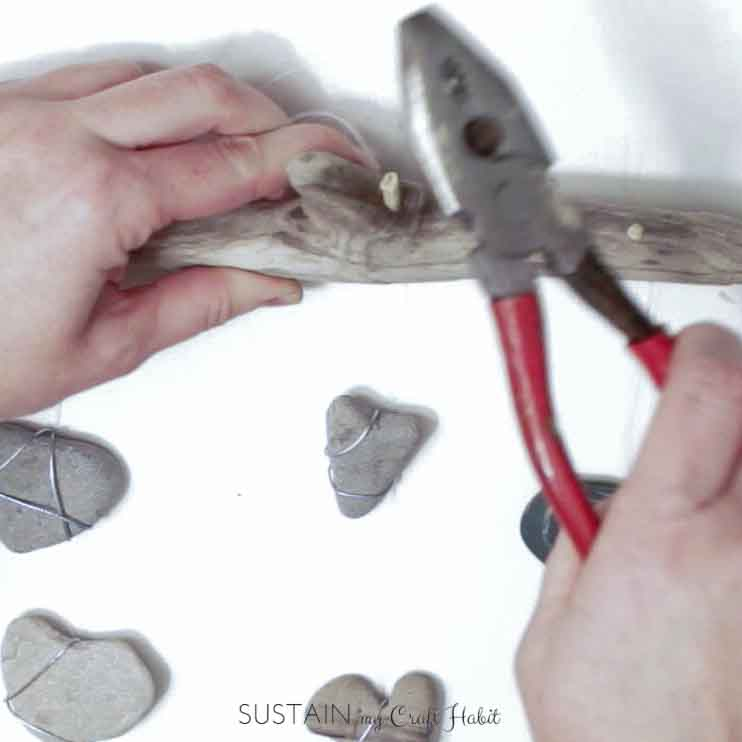 Heart of stone nautical DIY mobile - SustainMyCraftHabit-3.JPG