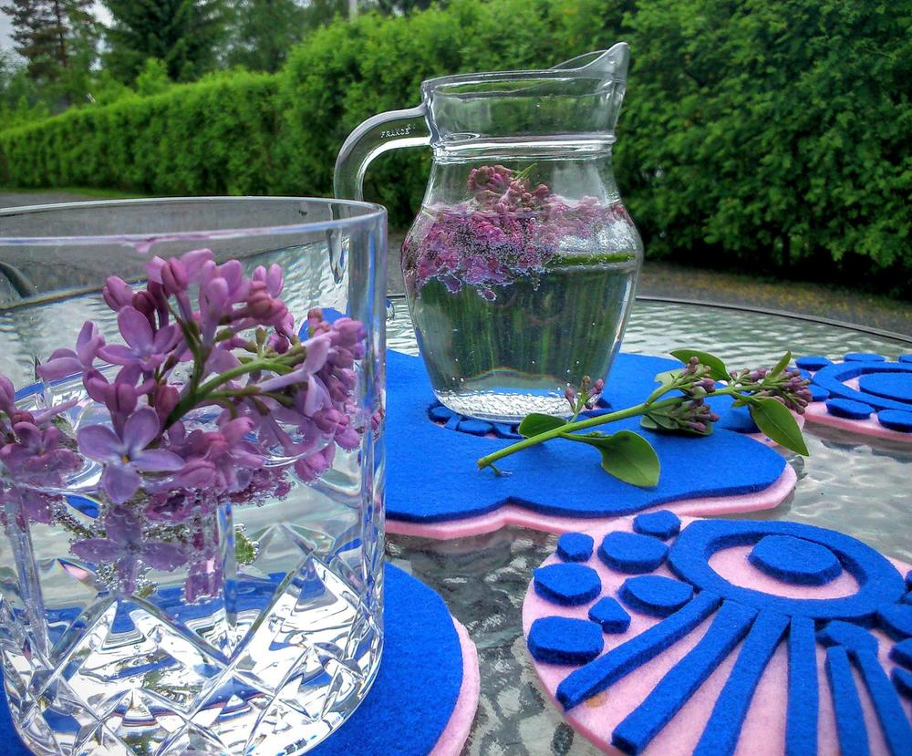 Summer coasters with lilac centerpieces Maarit Aho MMade DIY.jpg