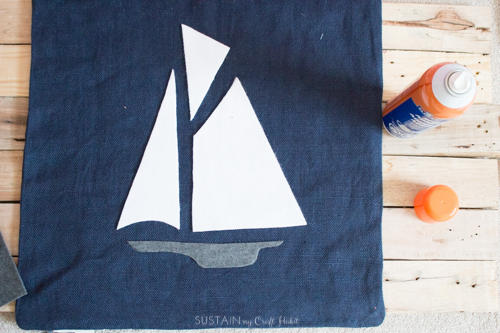 DIY felt fabric nautical throw pillows-5266.jpg