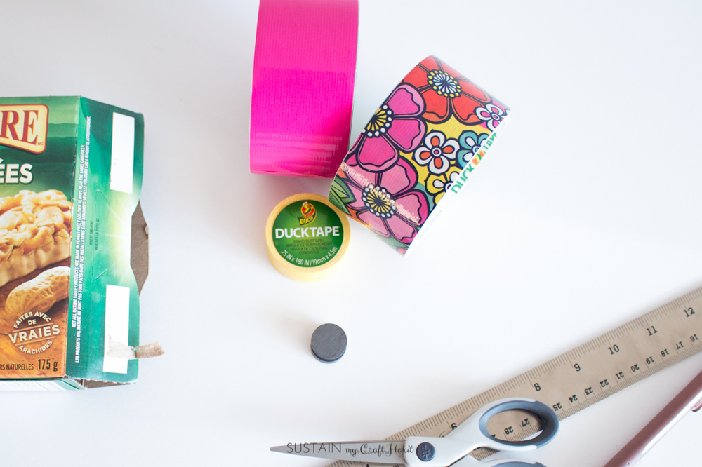 How to make your own bright and cheery pencil case with an empty cardboard snack box and Duck Tape! So many color combo possibilities. Full step-by-step instructions for this easy DIY back-to-school craft are included.