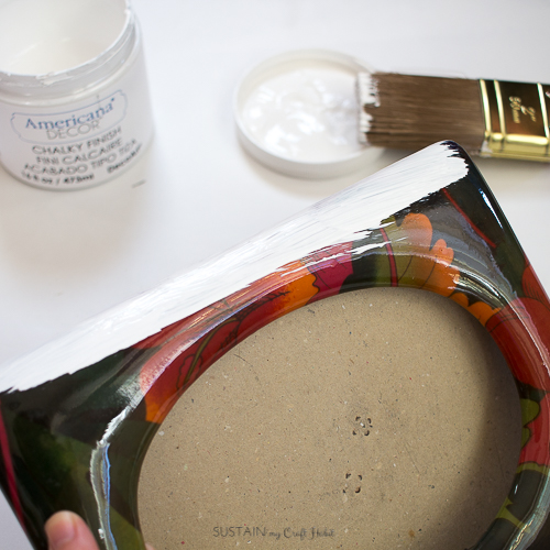 Ucycled ceramic photo frame with DecoArt Chalky Style paint.