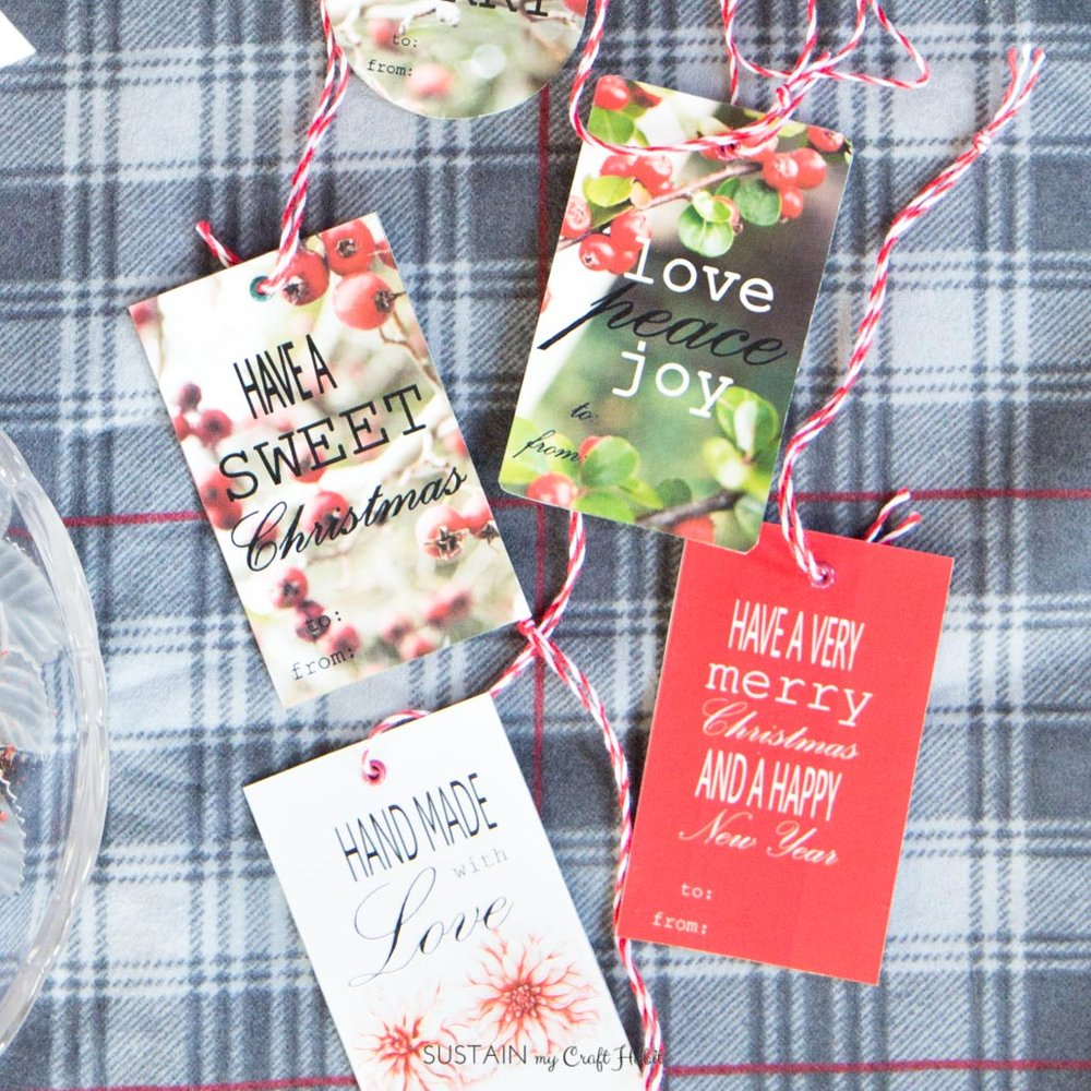 Free printable Christmas gift tags | Nature-Inspired rustic gift tag templates