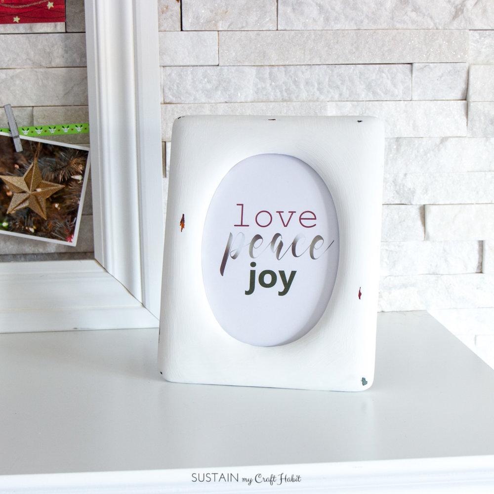 Free Christmas printable art: Love, Peace, Joy