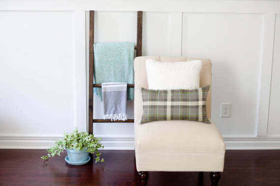Handmade rustic blanket ladder | 40 of the best winter finds on Etsy