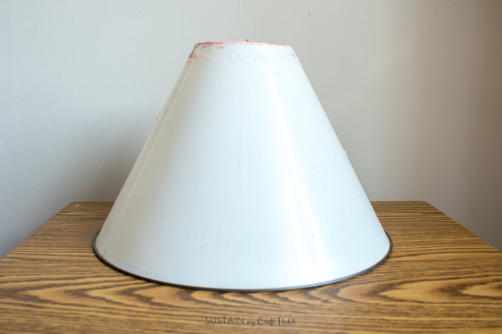 Neutral lamp makeover with burlap shade - Sustain My Craft Habit-8844.jpg