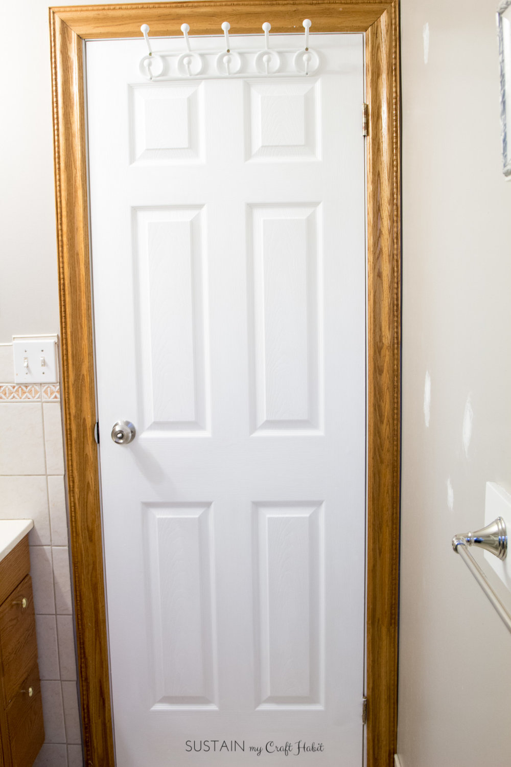 Small bathroom remodel! Check out the before photos of the Graystone Beach coastal cottage bathroom renovation.