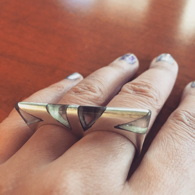 MIRRORED PETRA RING