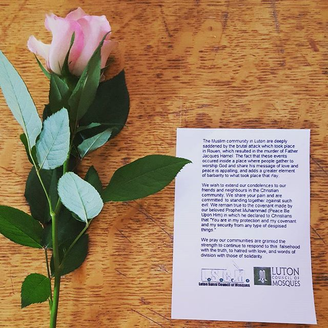 Muslims handed out roses and messages at church this morning to say #NotInMyName about Rouen attack. Bless them! ❤  #peace #together #respect #grace  #weareone #love #picoftheday #sunday #inspiration