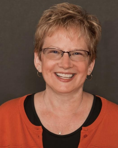 Dr. Mary Lynn Manns has written two books on the topic of change, Fearless Change (2005) and More Fearless Change (2015). She will discuss why personal change is difficult and offer advice for moving forward, in a light, funny, but thought-provoking way.