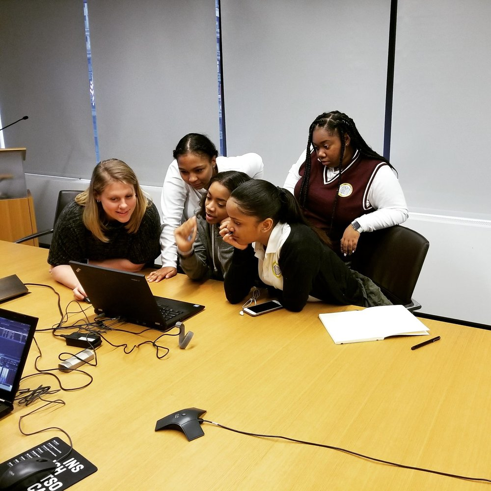 Invest In Girls students from TYWLS Bronx learn about the software financial professionals use in their day to day lives.