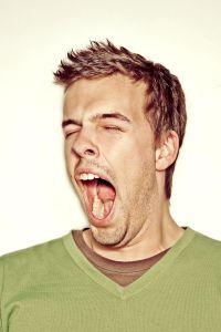 yawn-1077072-m
