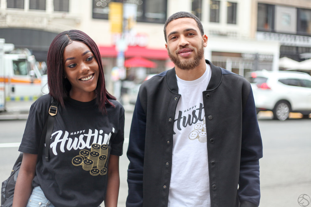 ''HAPPY HUSTLIN'' - T-SHIRTS