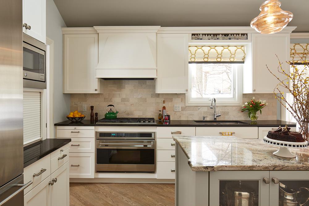 IvyFalls_kitchen-v3_lrg.jpg