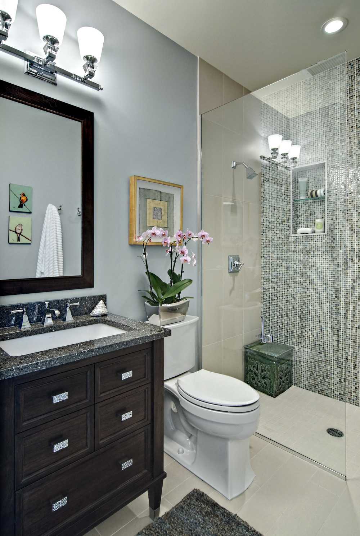 showcase bathroom.jpg