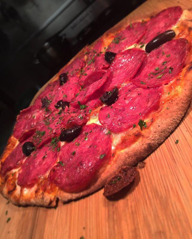 Pizza Friday's $9.90 at ambassadors hotel... @ambassadorshotel #fridays #pizza #lunch #dinner #specials