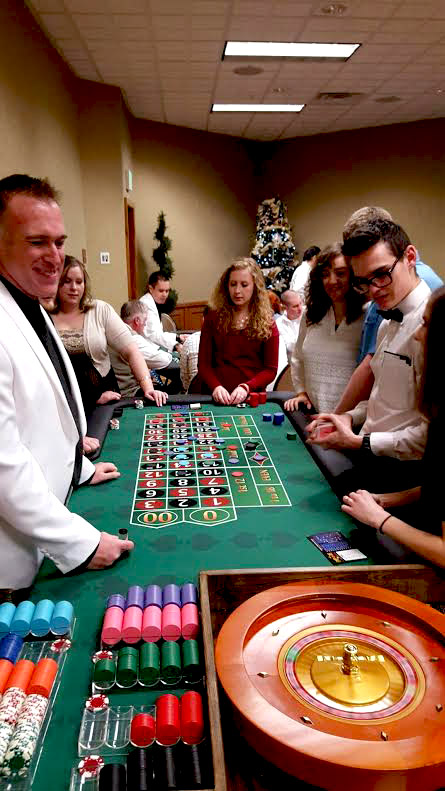 Steve SPINS the roulette wheel while guests light up the table with straight-up bets