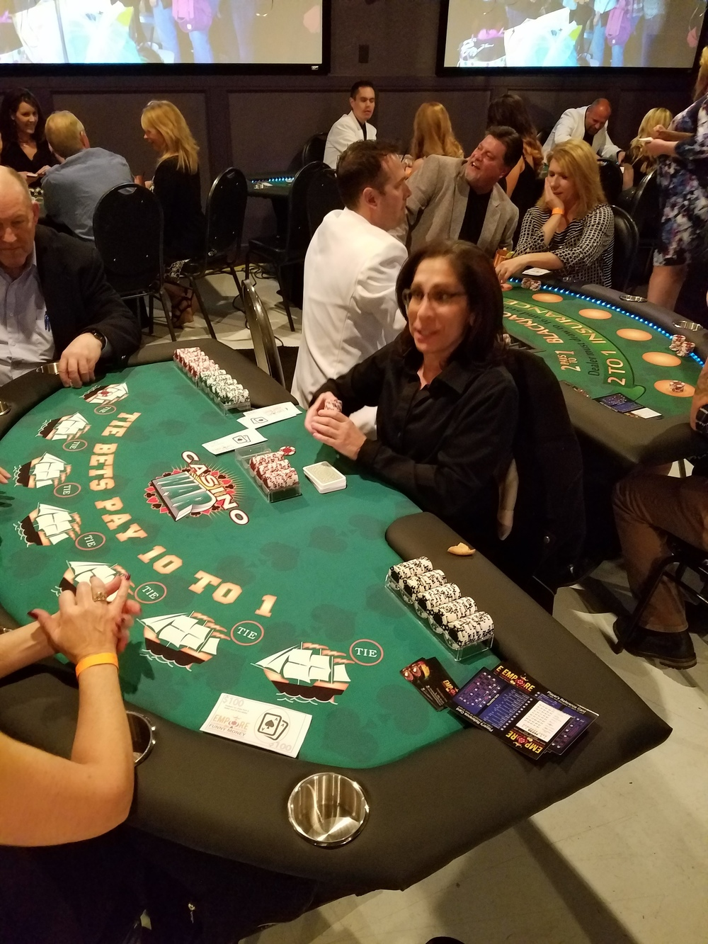 Wooden roulette buy black wooden roulette blackjack table led - Basically If Your Card Is Higher Than The Dealers You Win You Can Also Make A Bet That You Will Tie With The Dealer If You Win This Bet It Pays 10 To 1