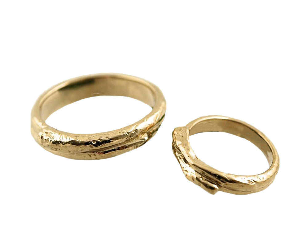 The 14K Yellow Gold Wedding Ring set.