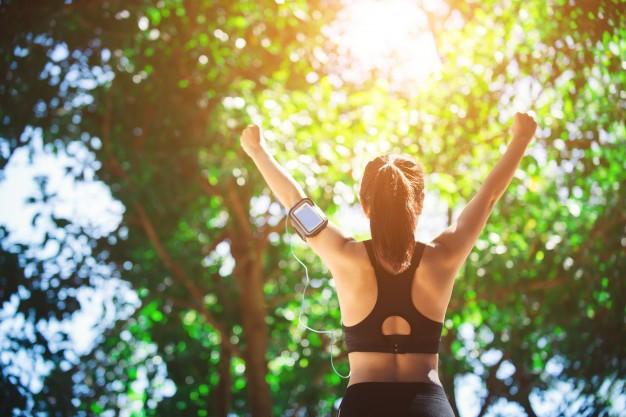 balancing-fitness-life-summer-healthy-fitness-athlete-lifestyle_1150-966.jpg