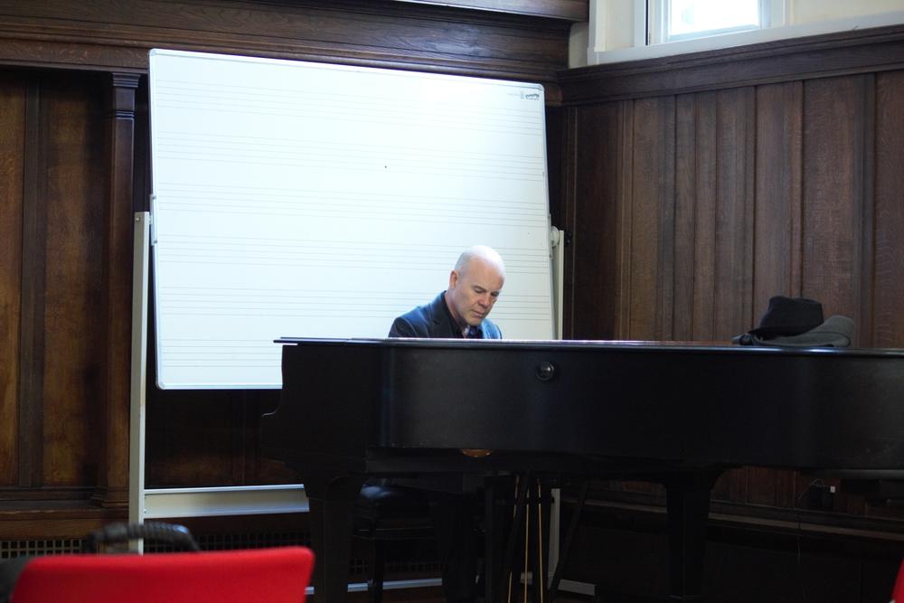 Thomas (piano).jpg