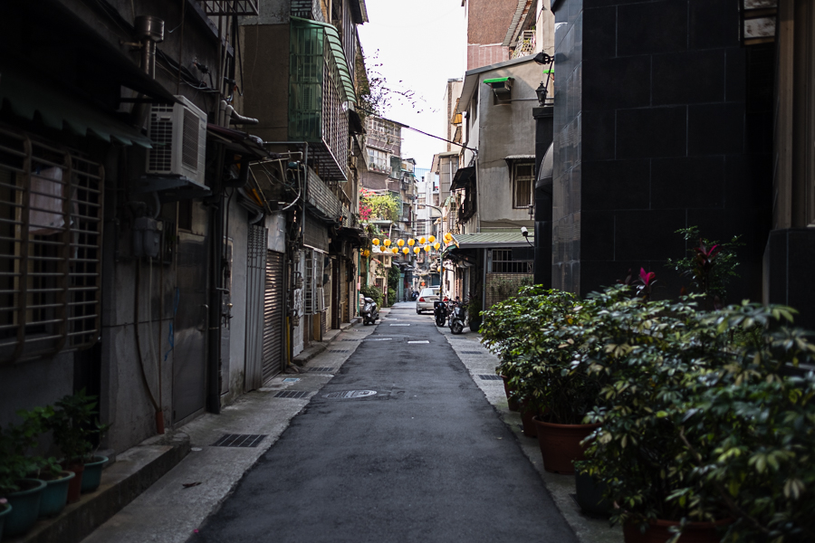 scenic streets of Taipei