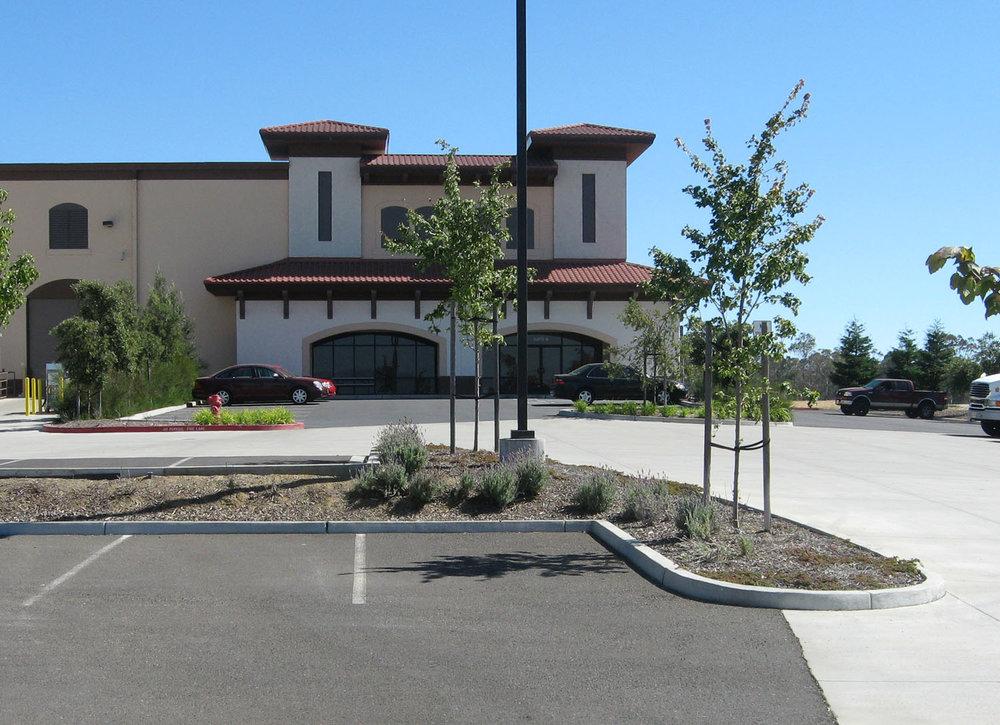 Hannah Court Wine Service Center | American Canyon, California