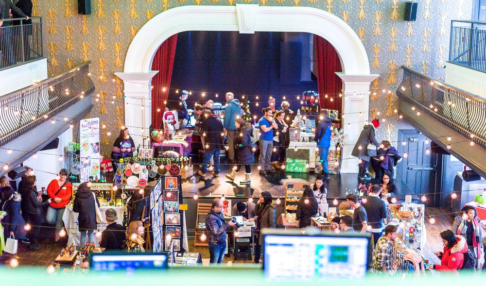 Toronto Art Crawl - Christmas Market-31 - Copy.jpg