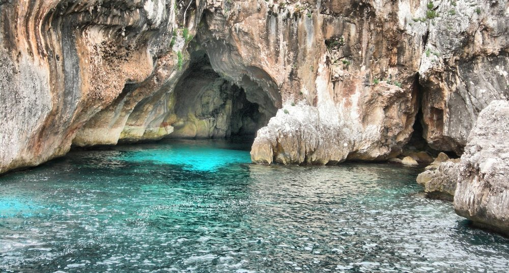 wonderful-sardinia_slider_alghero-grotte-di-nettuno.jpg