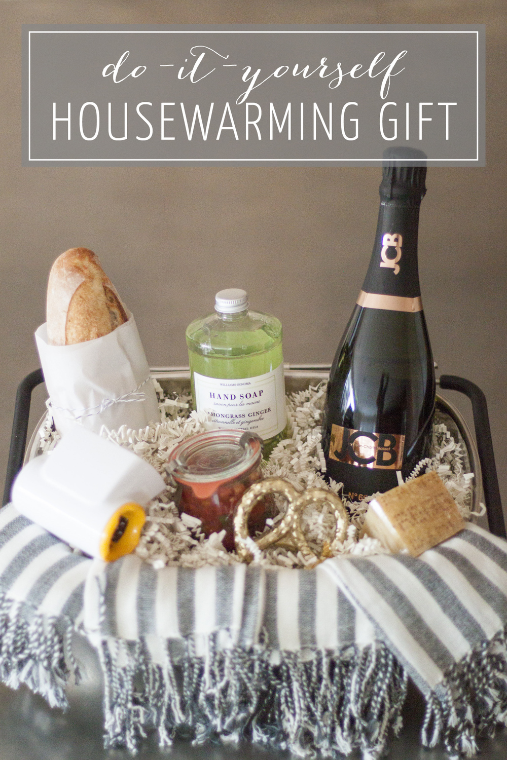 DIY Housewarming Gift Basket on Bubbles in Bucktown (bubblesinbucktown.com)
