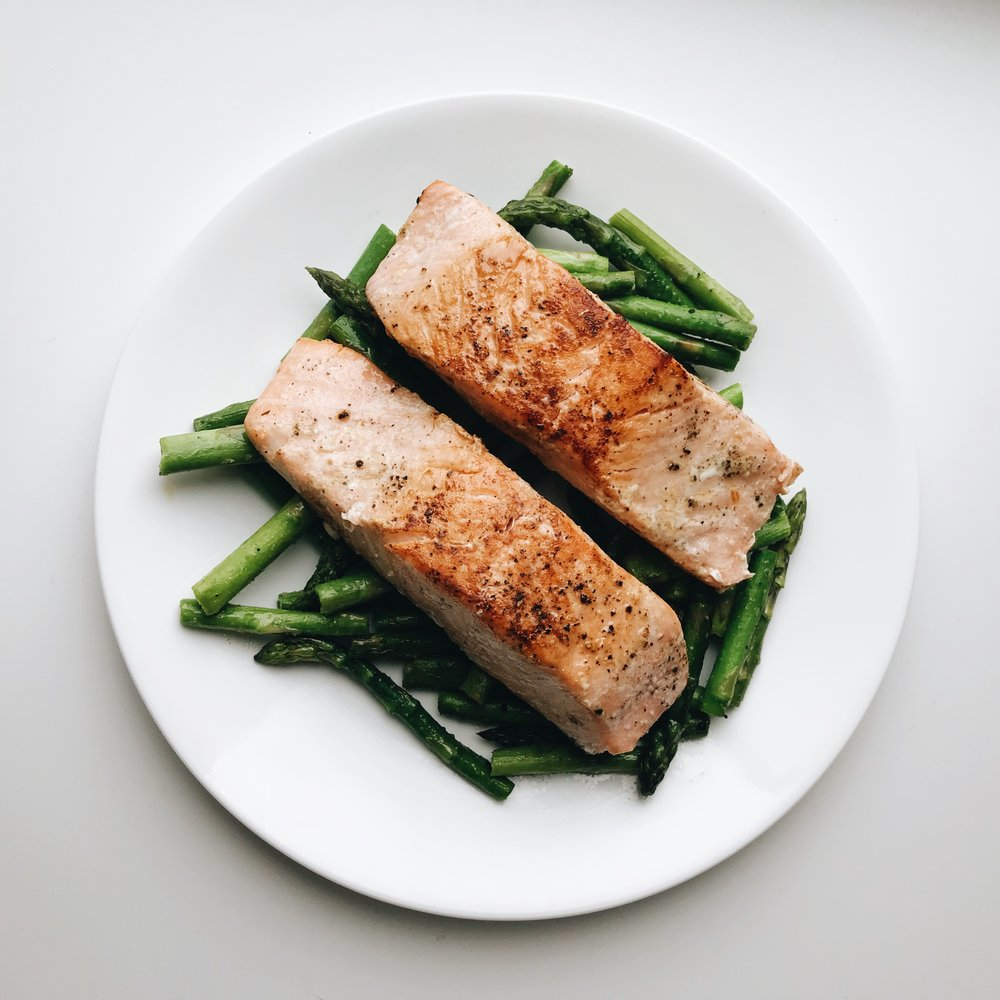 Momlikethat - What's for dinner Salmon.JPG