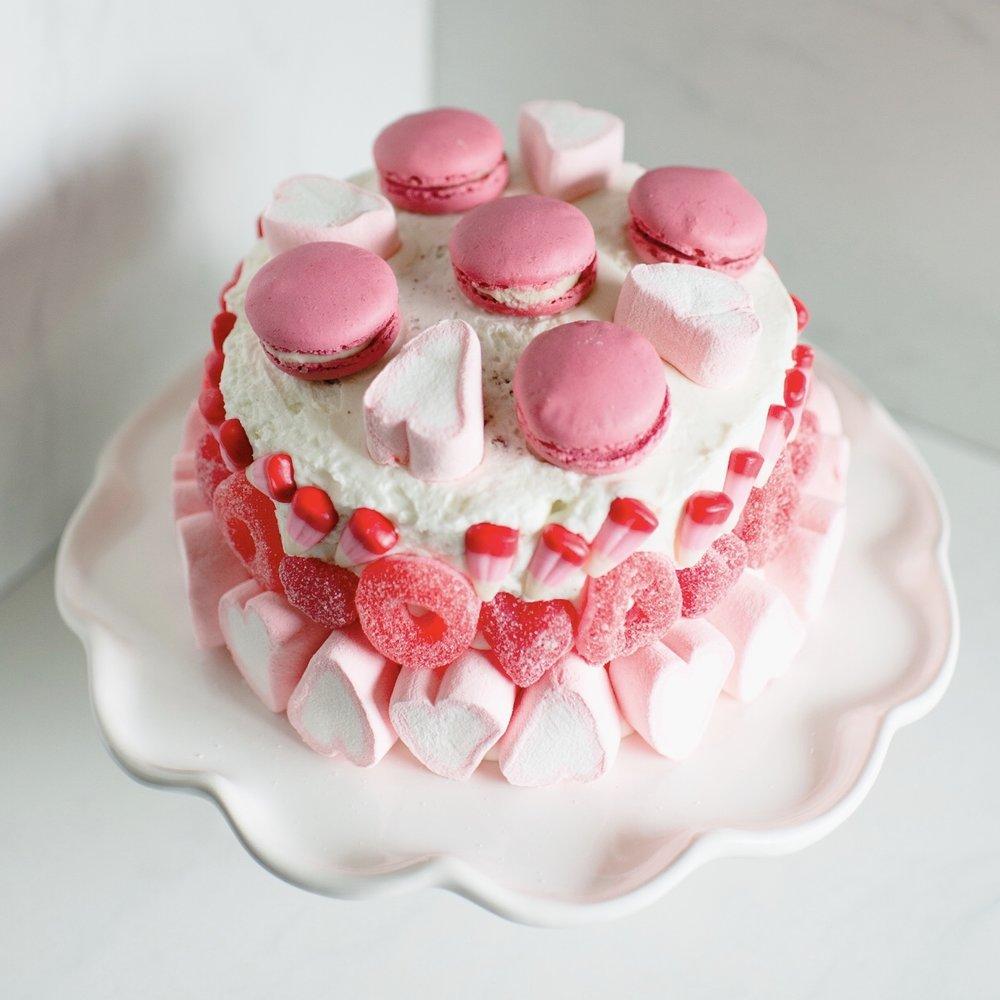Momlikethat - Valentine's Day Cake 04.jpg