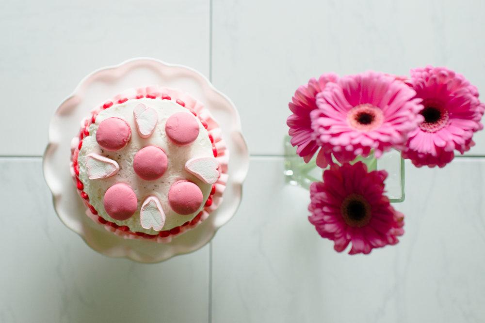 Momlikethat - Valentine's Day Cake 03.JPG