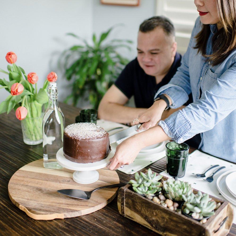 Momlikethat - Succulent and Chocolate Cake.jpg