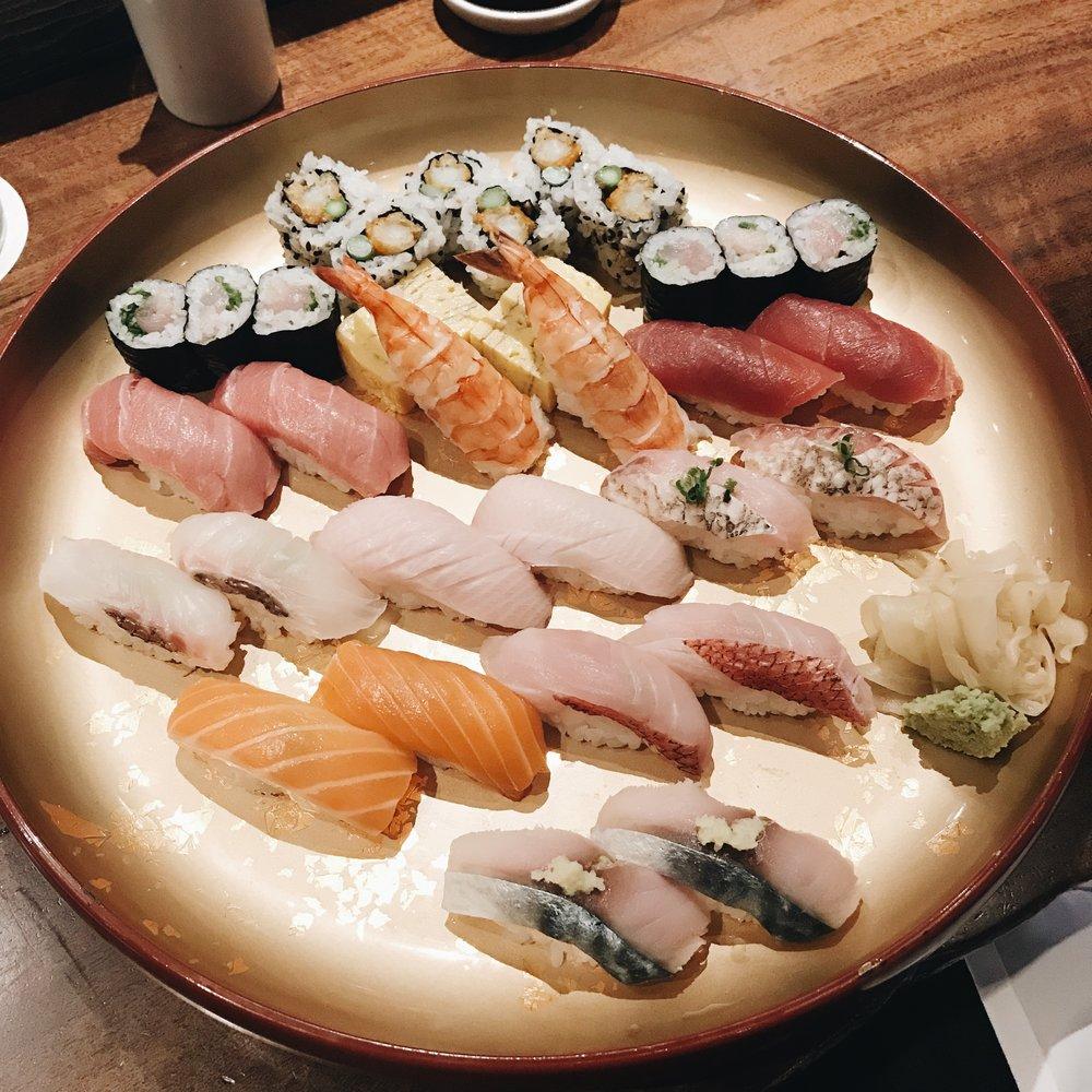 Momlikethat - Morimoto Napa Sushi Plate.JPG