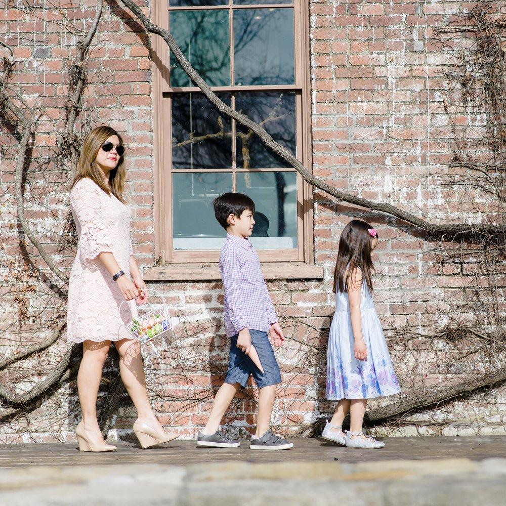 momlikethat - easter family.jpg