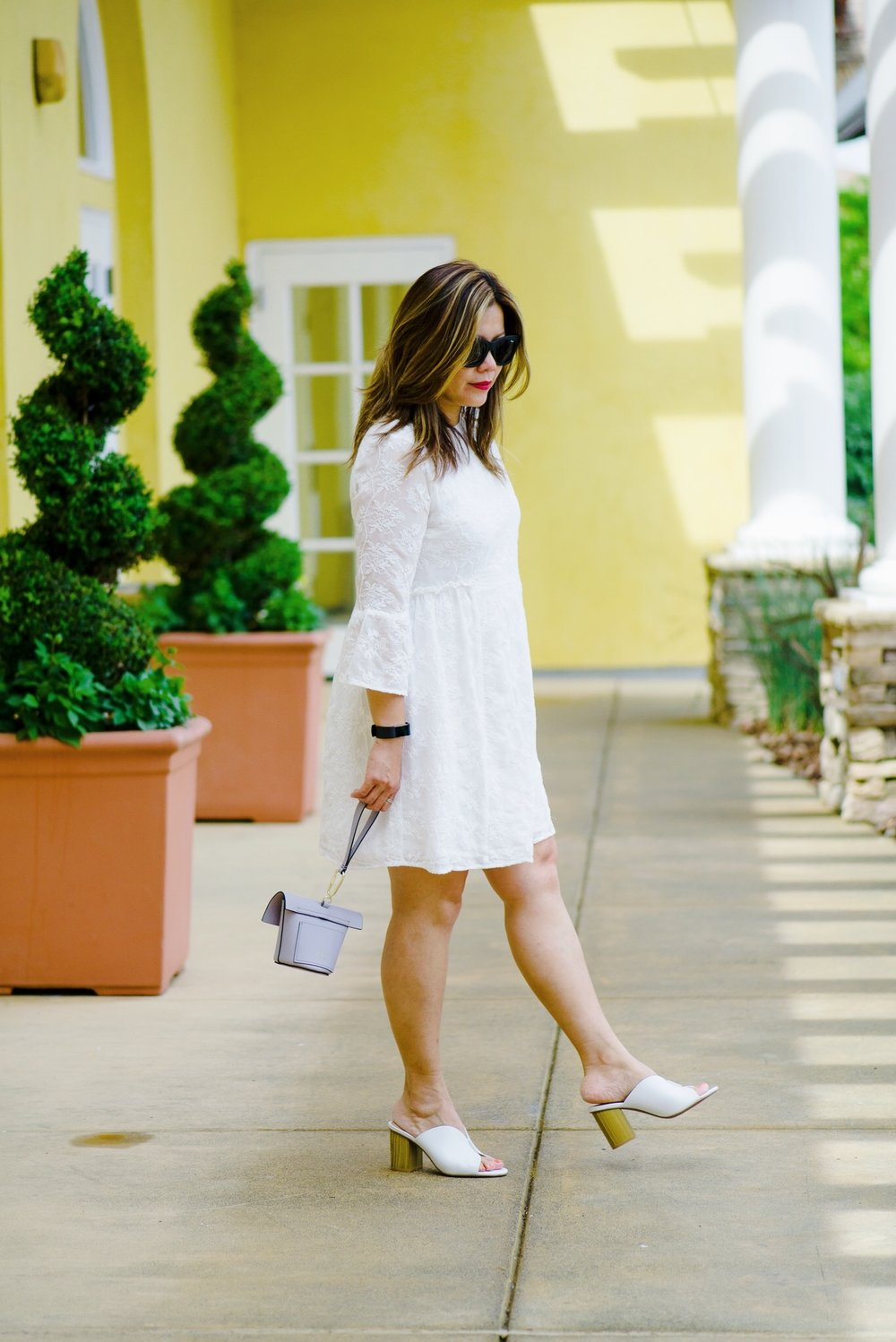 momlikethat white lace dress .JPG