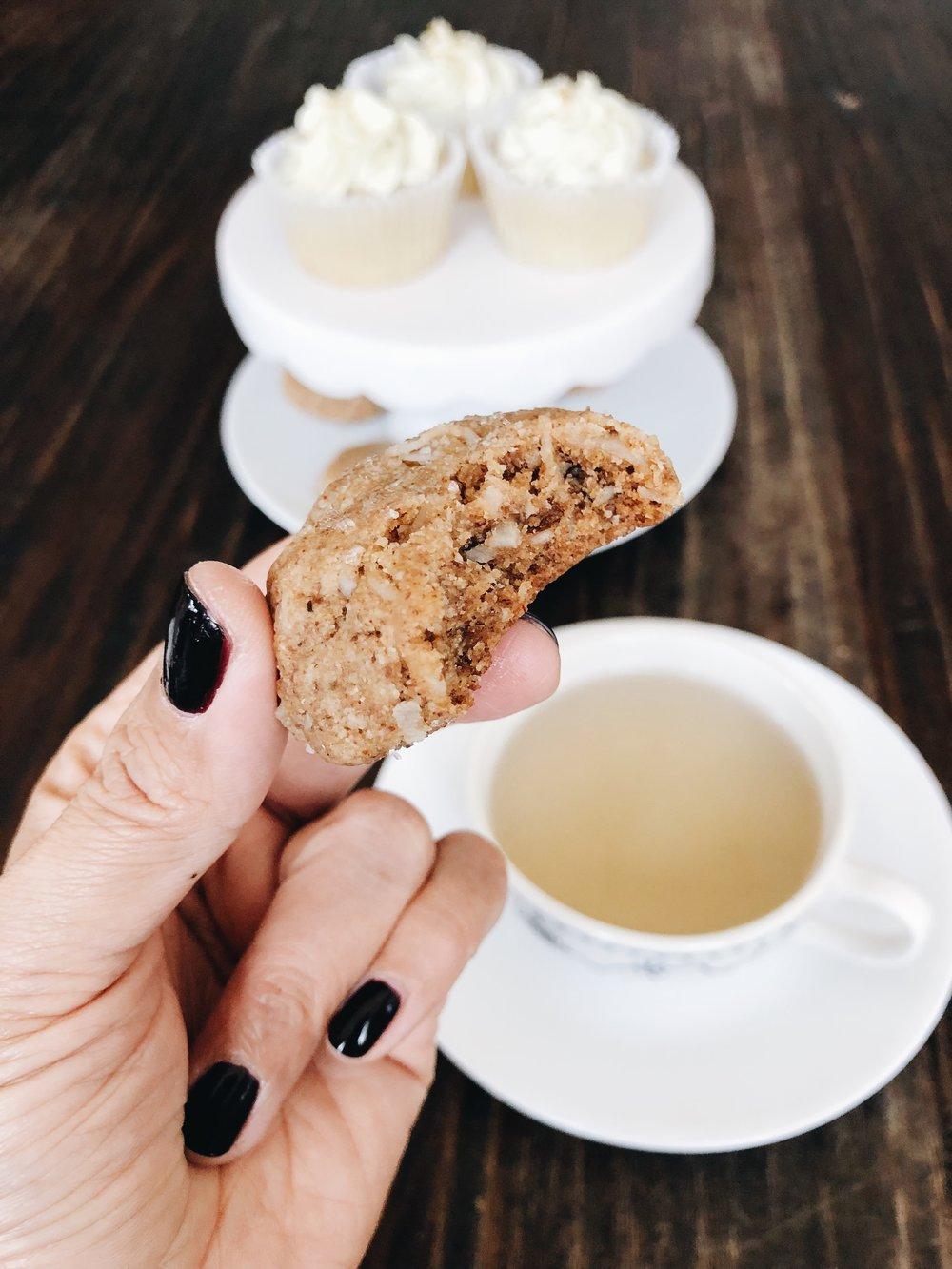 momlikethat sweetabes vegan cookie.JPG