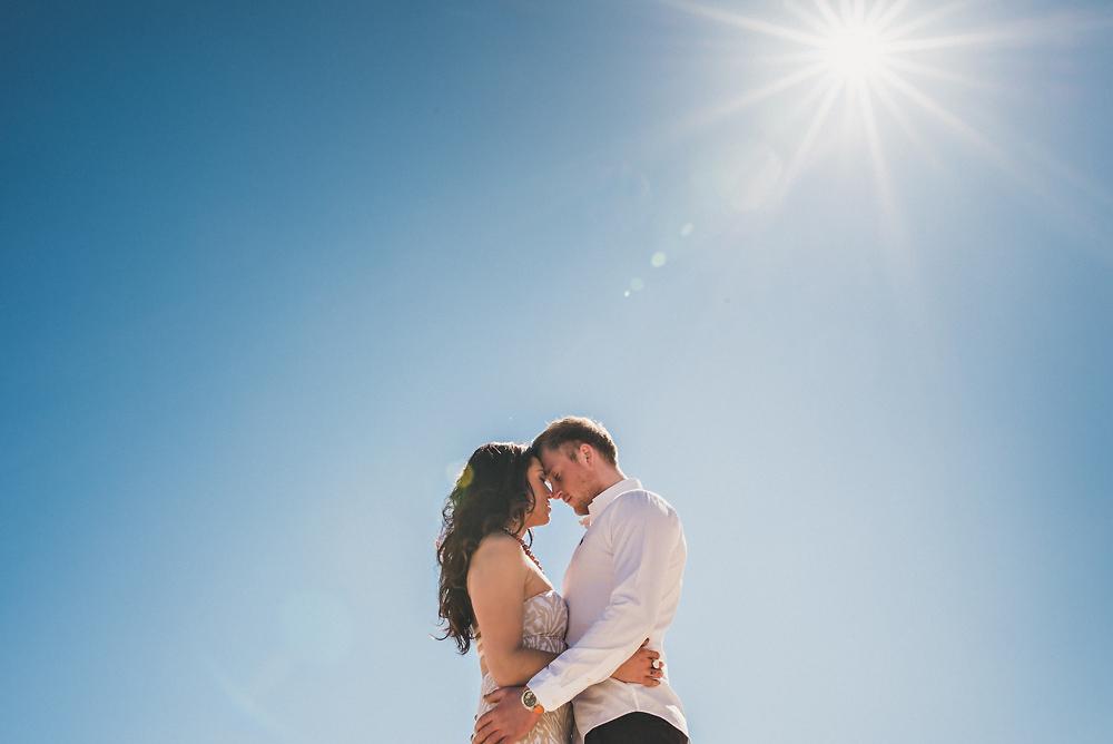 best-lake-michigan-engagement-photos-1.jpg
