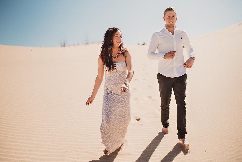 best-lake-michigan-engagement-photos-10.jpg