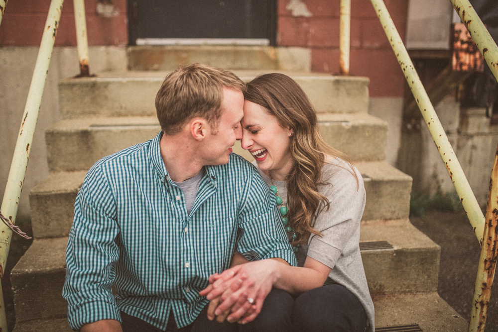 kaitlyn-logan-chicago-grand-rapids-engagement-photography-45.jpg