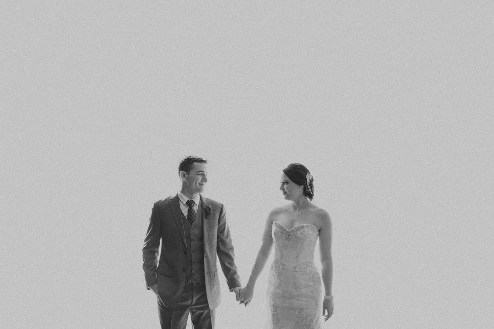 Michigan Wedding Photographer - Grand Rapids Winter Wedding - 023.jpg