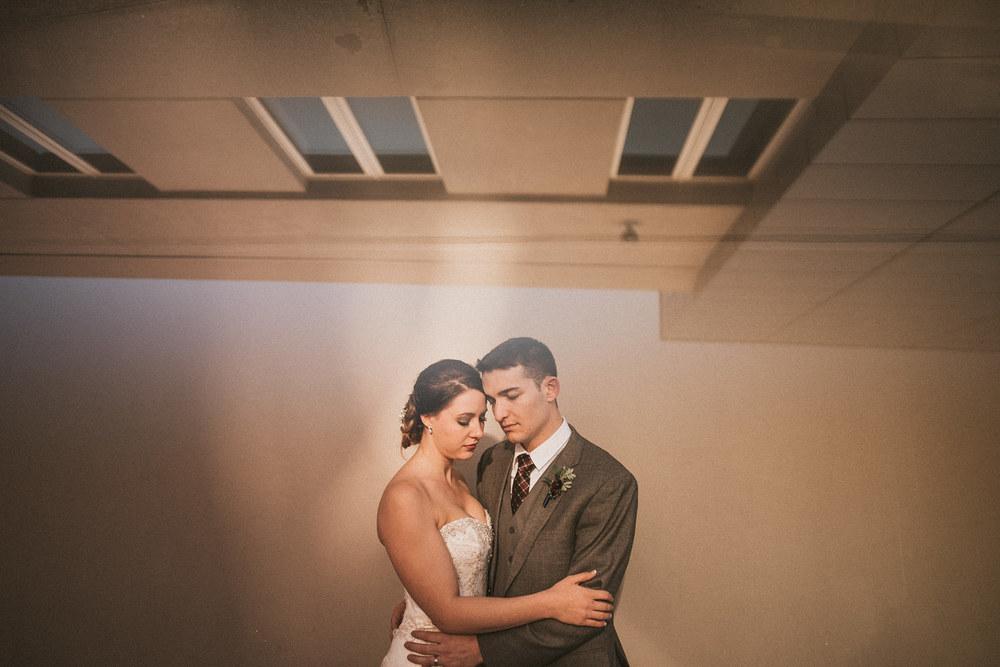 Michigan Wedding Photographer - Grand Rapids Winter Wedding - 037.jpg