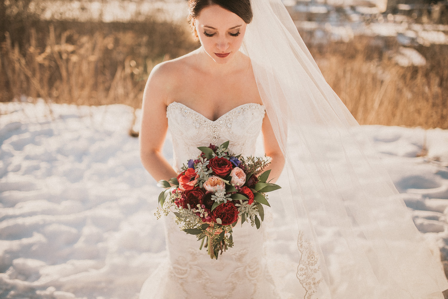 Emily + Joshua | West Michigan Winter Wedding – Blog Ryan Inman ...