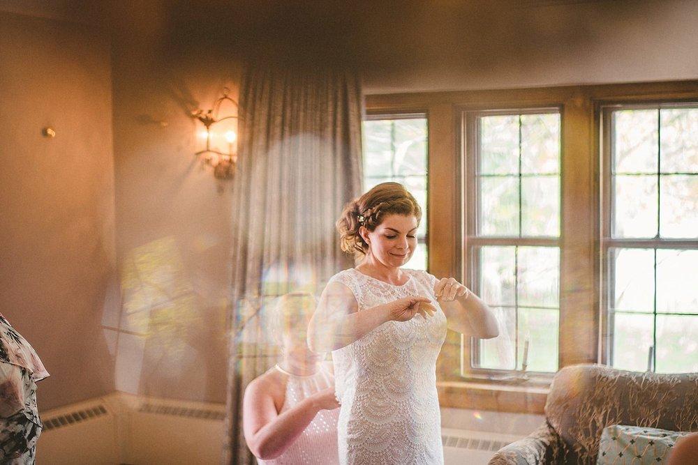 Detroit Michigan Wedding Photographer at Addison Oaks Buhl Estate - 9.jpg