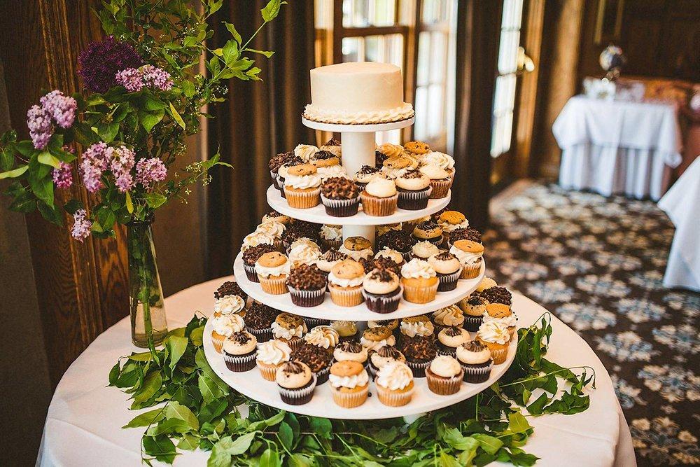 Detroit Michigan Wedding Photographer at Addison Oaks Buhl Estate - 29.jpg
