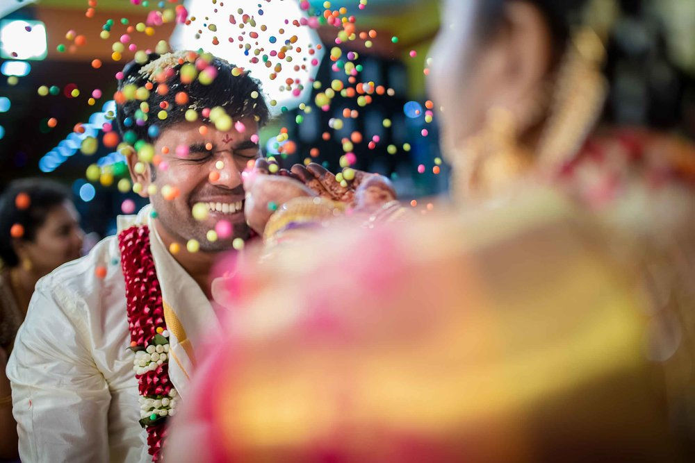 Pixel-Chronicles-Alekhya-Chaitanya-Nellore-Candid-Wedding-Fun-Moments-16.jpg